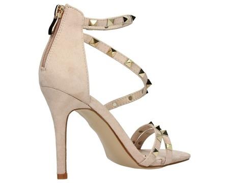 Sandały na szpilce beżowe